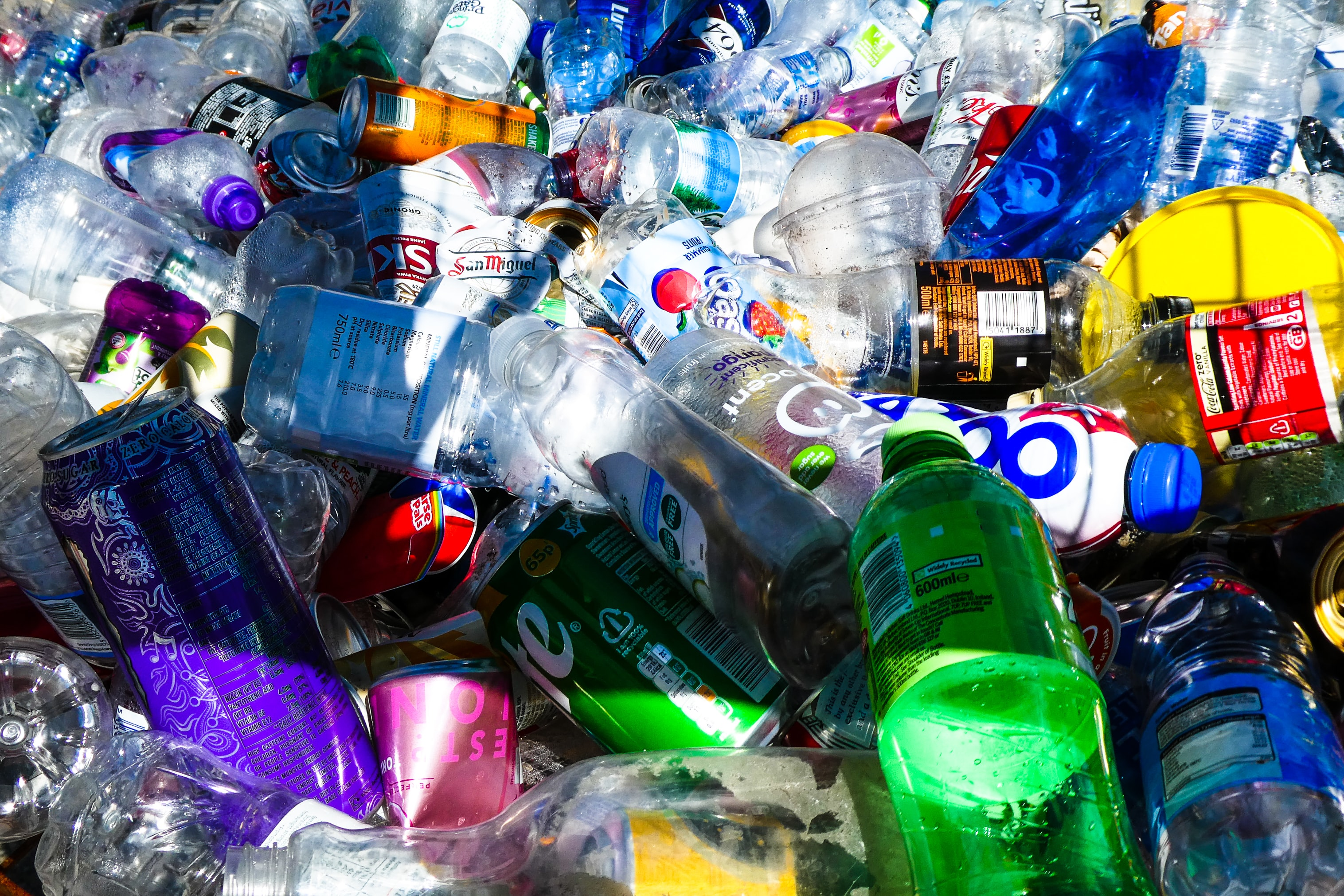 The use of biodegradable plastics for packaging