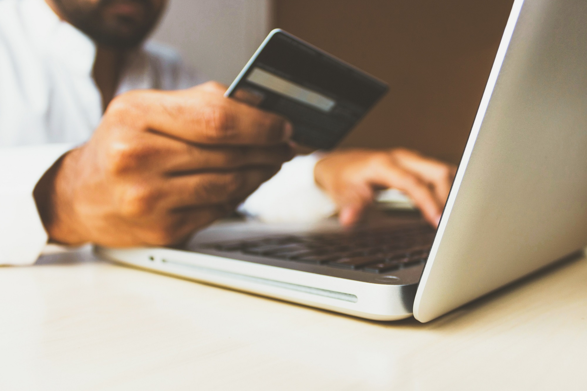 How online retailing is increasing carbon emissions